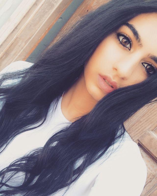 Adina Aminov's Profile Picture